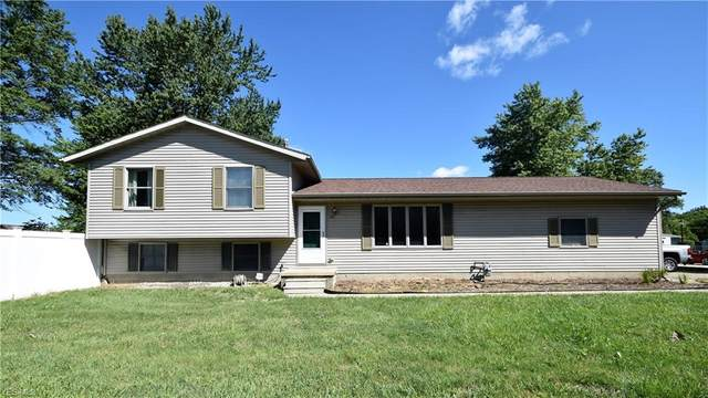 2055 Linwood Court, Elyria, OH 44035 (MLS #4216105) :: Tammy Grogan and Associates at Cutler Real Estate