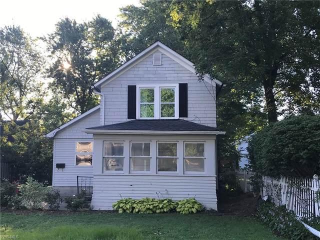 4423 Summit Street, Willoughby, OH 44094 (MLS #4216740) :: Keller Williams Chervenic Realty
