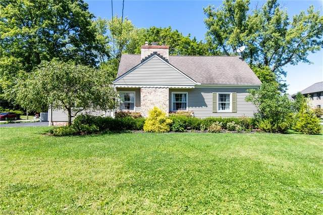 477 Walters Road, Chagrin Falls, OH 44022 (MLS #4217714) :: The Jess Nader Team | RE/MAX Pathway