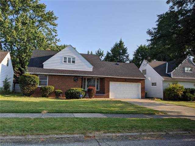 18301 Dalewood Avenue, Maple Heights, OH 44137 (MLS #4217755) :: Keller Williams Chervenic Realty