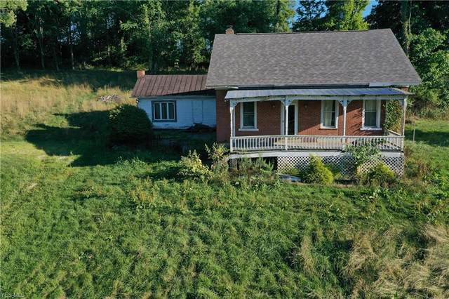 3530 Roswell Road SW, Carrollton, OH 44615 (MLS #4220001) :: The Jess Nader Team | RE/MAX Pathway