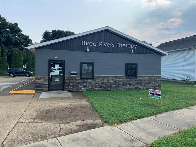 1011 W State Street, Newcomerstown, OH 43832 (MLS #4220379) :: Krch Realty
