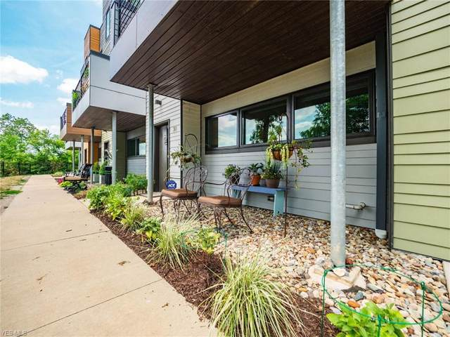 18875 Riversouth #30, Fairview Park, OH 44126 (MLS #4220842) :: RE/MAX Trends Realty