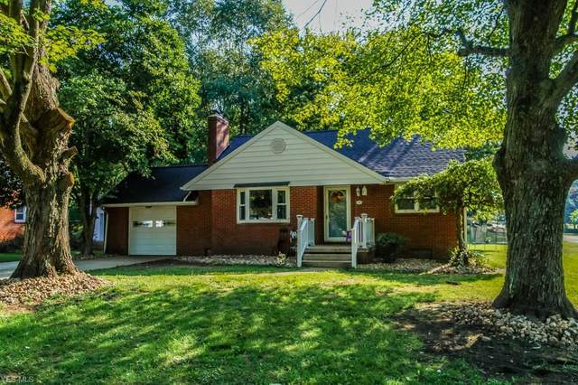 702 Woodlawn Avenue NW, Canton, OH 44708 (MLS #4221882) :: RE/MAX Valley Real Estate