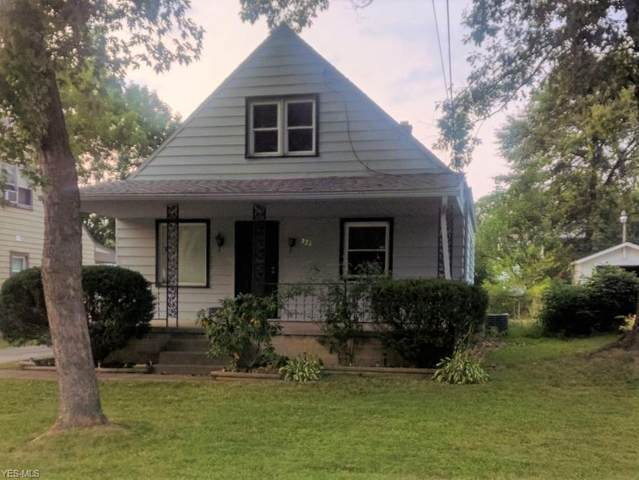326 E Boston Avenue, Youngstown, OH 44507 (MLS #4222701) :: RE/MAX Trends Realty