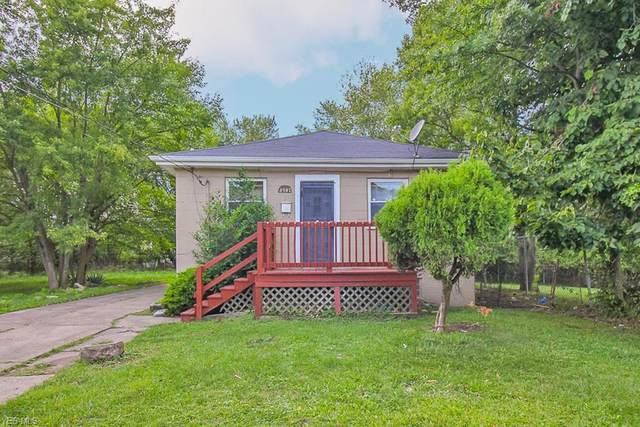 4582 E 147th Street, Cleveland, OH 44128 (MLS #4222884) :: Select Properties Realty
