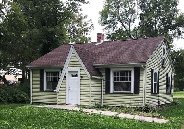 1915 Brookfield Road, Hubbard, OH 44425 (MLS #4223058) :: RE/MAX Valley Real Estate