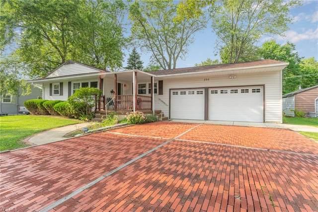 898 Waugh Drive, Hubbard, OH 44425 (MLS #4223191) :: Keller Williams Chervenic Realty