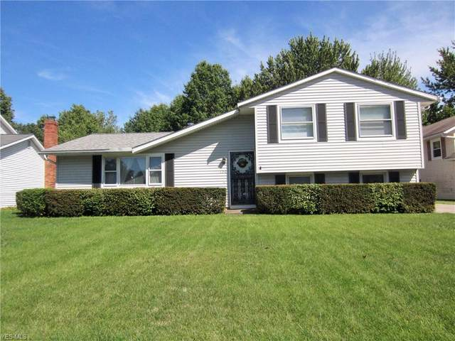 120 Valley Forge Circle, Elyria, OH 44035 (MLS #4223911) :: Keller Williams Chervenic Realty