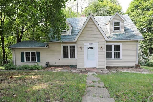 1625 Allison Street, East Liverpool, OH 43920 (MLS #4224153) :: Keller Williams Chervenic Realty