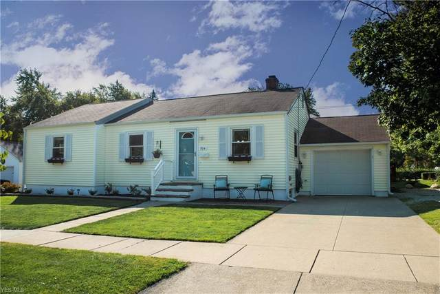 804 Pine Street, Medina, OH 44256 (MLS #4225011) :: The Crockett Team, Howard Hanna