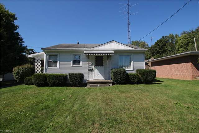 465 Columbia Street, East Palestine, OH 44413 (MLS #4225271) :: Keller Williams Chervenic Realty