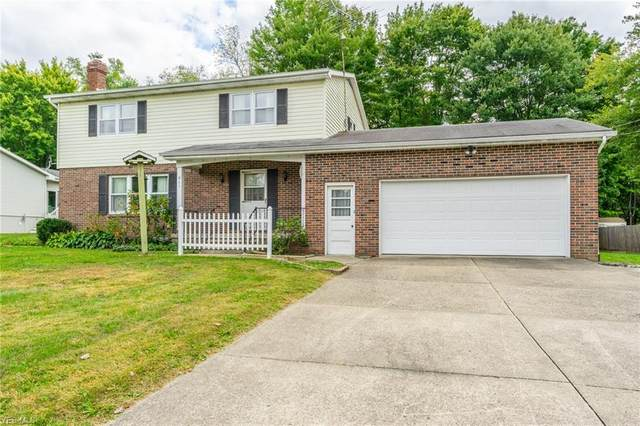 867 Sunset Boulevard, Salem, OH 44460 (MLS #4227519) :: The Jess Nader Team | RE/MAX Pathway