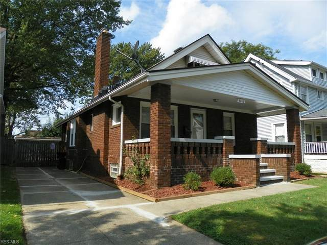 3746 W 133rd Street, Cleveland, OH 44111 (MLS #4227683) :: The Art of Real Estate
