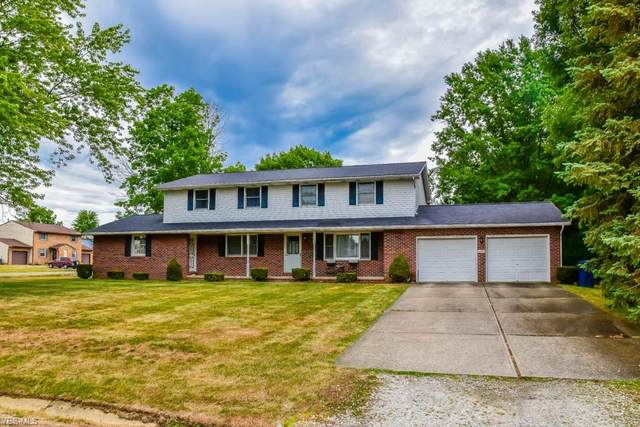 2690 Radcliff Avenue NW, Massillon, OH 44646 (MLS #4227690) :: The Jess Nader Team   RE/MAX Pathway