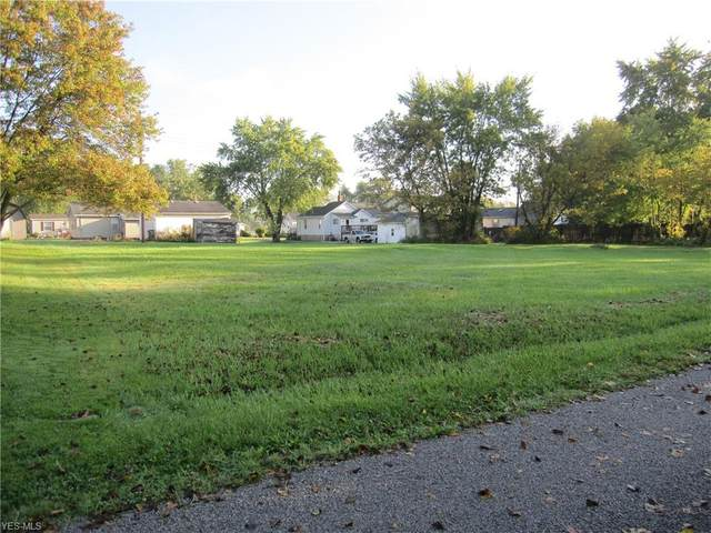 139 Carter, Creston, OH 44217 (MLS #4228007) :: The Art of Real Estate