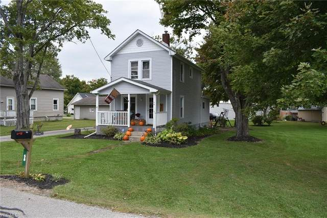 56 S School Street, Orwell, OH 44076 (MLS #4228350) :: The Holly Ritchie Team