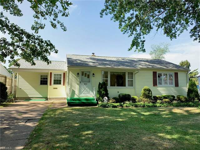 3013 Avon Boulevard, Ashtabula, OH 44004 (MLS #4228625) :: The Holden Agency
