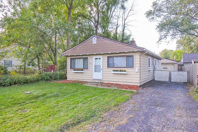 200 Courtland Boulevard, Eastlake, OH 44095 (MLS #4228992) :: The Holden Agency