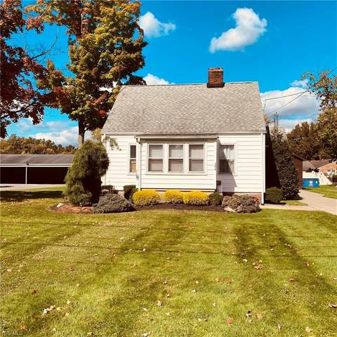 3654 Lynhaven Road, Youngstown, OH 44511 (MLS #4229937) :: The Holly Ritchie Team