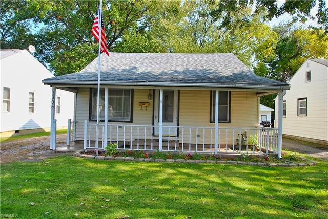 1305 E 359th Street, Eastlake, OH 44095 (MLS #4230292) :: Tammy Grogan and Associates at Cutler Real Estate
