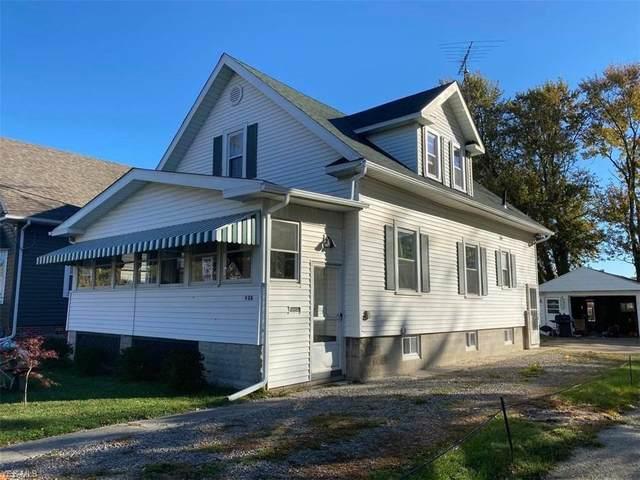 426 Locust, Oak Harbor, OH 43449 (MLS #4231932) :: The Art of Real Estate
