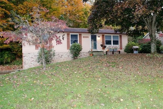 3324 Mehaffie Drive NE, Canton, OH 44721 (MLS #4233839) :: The Art of Real Estate