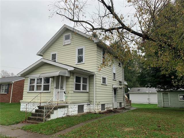 333 Kelly Street NW, New Philadelphia, OH 44663 (MLS #4234228) :: RE/MAX Edge Realty