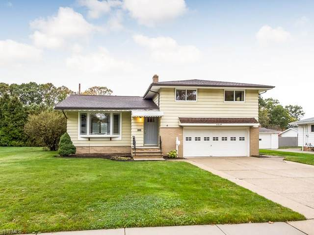 4040 W 213th Street, Fairview Park, OH 44126 (MLS #4234238) :: Tammy Grogan and Associates at Cutler Real Estate