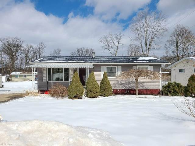 2132 Winslow Avenue NW, Massillon, OH 44647 (MLS #4234493) :: Krch Realty