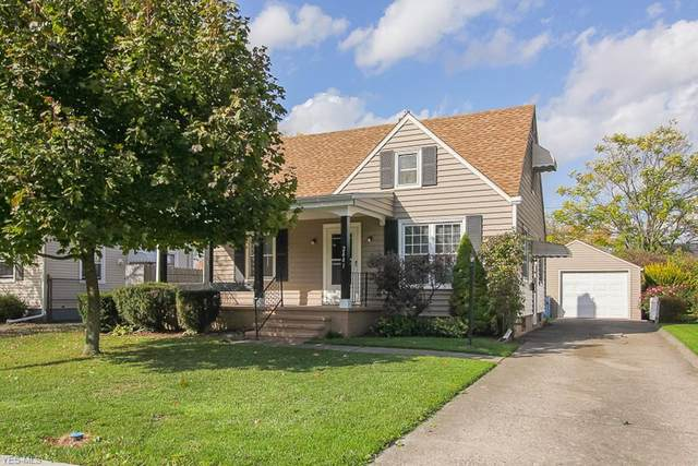 2441 E 35th Street, Lorain, OH 44055 (MLS #4235249) :: The Holly Ritchie Team