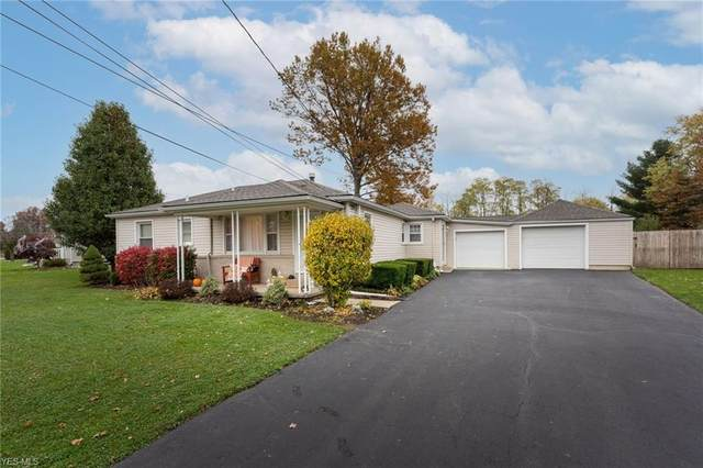19 Woodland Drive, New Middletown, OH 44442 (MLS #4235739) :: The Holden Agency