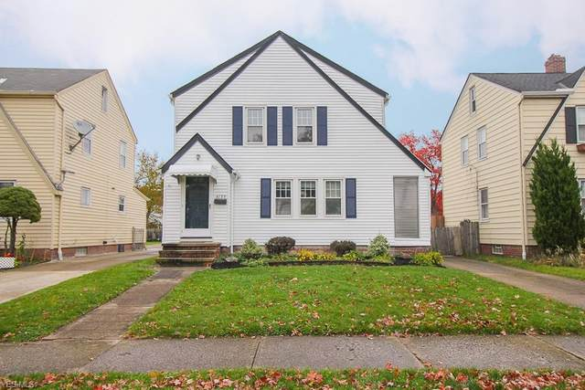 4139 W 161st Street, Cleveland, OH 44135 (MLS #4235814) :: The Holly Ritchie Team
