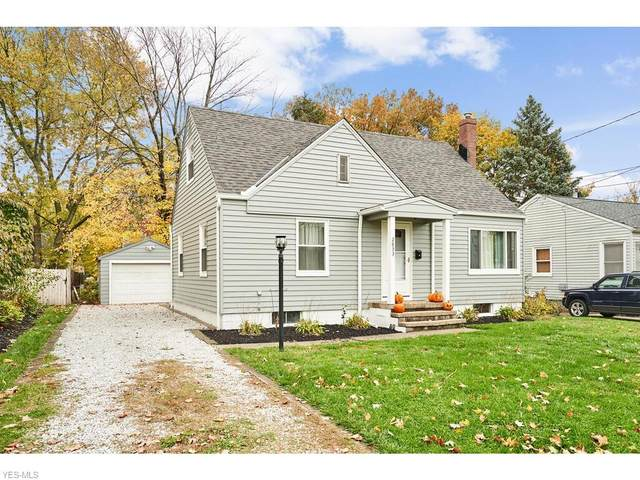 2833 10th Street, Cuyahoga Falls, OH 44221 (MLS #4235951) :: The Jess Nader Team | RE/MAX Pathway