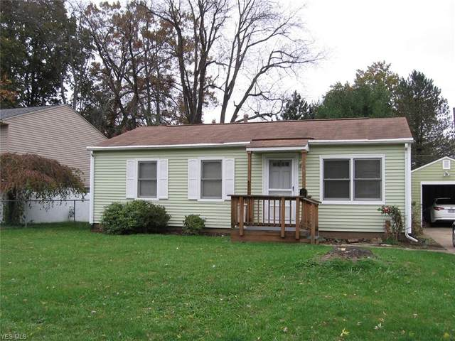 542 Windamere Avenue NW, Massillon, OH 44646 (MLS #4236451) :: The Jess Nader Team | RE/MAX Pathway