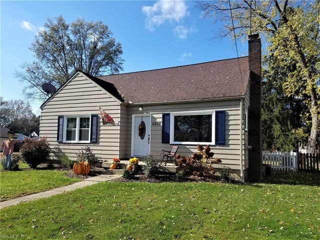 6850 Glendale Avenue, Youngstown, OH 44512 (MLS #4236491) :: Krch Realty