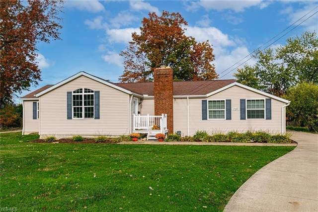 1545 E 300th Street, Wickliffe, OH 44092 (MLS #4236902) :: The Crockett Team, Howard Hanna