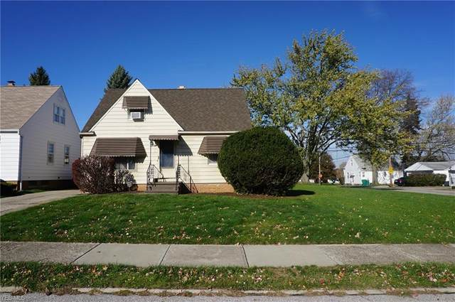 15621 Maplewood Avenue, Maple Heights, OH 44137 (MLS #4237246) :: RE/MAX Trends Realty
