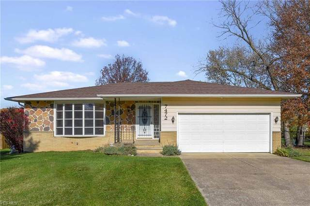7472 Pamela Drive, North Royalton, OH 44133 (MLS #4238065) :: RE/MAX Edge Realty