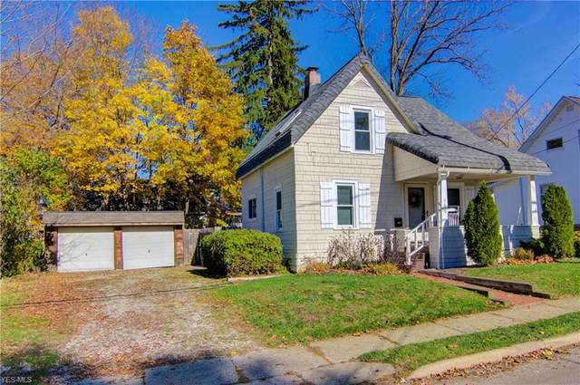106 Olive Street, Chagrin Falls, OH 44022 (MLS #4238413) :: Keller Williams Legacy Group Realty