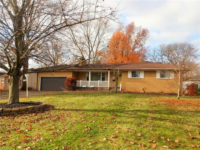 4405 Woodridge Drive, Youngstown, OH 44515 (MLS #4239634) :: RE/MAX Edge Realty