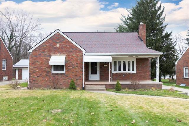 1716 Overlook Avenue, Youngstown, OH 44509 (MLS #4240730) :: The Holly Ritchie Team