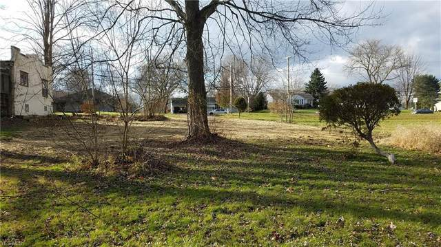 4309 S Cleveland Massillon Road, Barberton, OH 44203 (MLS #4240901) :: RE/MAX Trends Realty