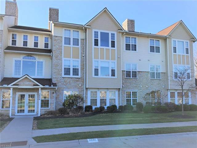3656 Morningside Way #301, Lorain, OH 44053 (MLS #4240905) :: The Jess Nader Team | RE/MAX Pathway