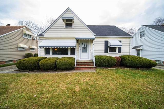 385 E 308th Street, Willowick, OH 44095 (MLS #4241220) :: The Holden Agency