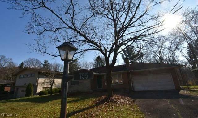 755 Truesdale Road, Youngstown, OH 44511 (MLS #4241855) :: The Crockett Team, Howard Hanna