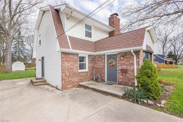 224 W Good Avenue, Wadsworth, OH 44281 (MLS #4242108) :: RE/MAX Edge Realty