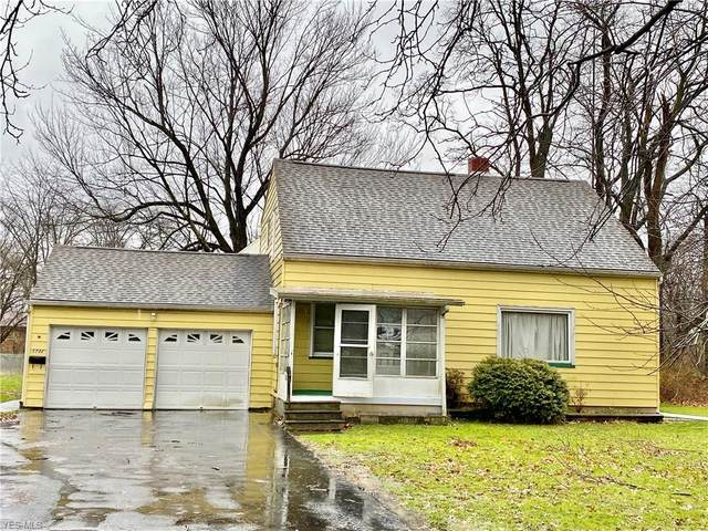 1730 Estabrook Avenue NW, Warren, OH 44485 (MLS #4242896) :: Krch Realty