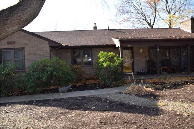 1184 Nola Avenue, Barberton, OH 44203 (MLS #4243021) :: The Crockett Team, Howard Hanna