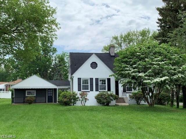 6214 Mines Road SE, Howland, OH 44484 (MLS #4243065) :: The Holden Agency